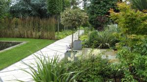 Hadley Wood formal garden design with path
