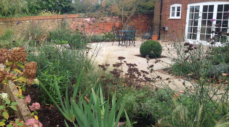 Sloping Family GardenHitchin Hertfordshire - Amanda Broughton Garden Design