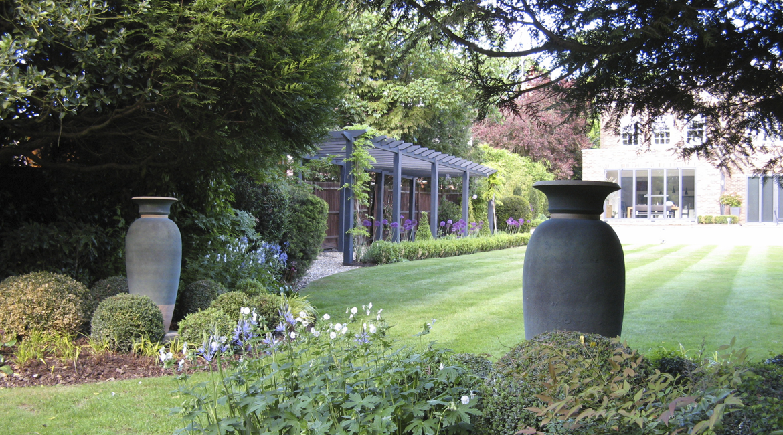 Hadley Wood garden designed by Amanda Broughton